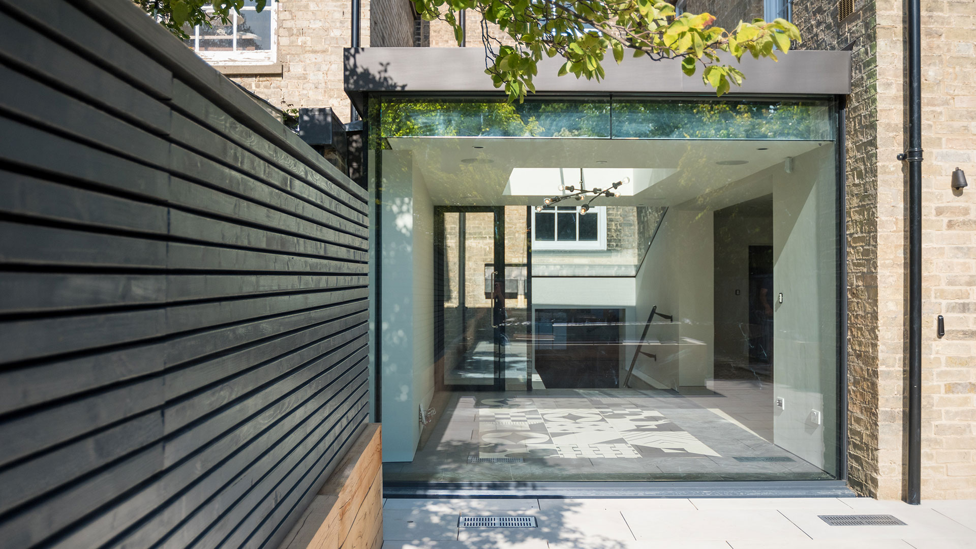 Glass Box | Glass Rooflight | Glass Extension | Modern Design | Architect | Building Contractor | Design and Build | Construction | Interior Design | Building | Refurbishment | Cambridge | London | Suffolk | Essex | Saffron Walden | Hertfordshire | The Daniels Group