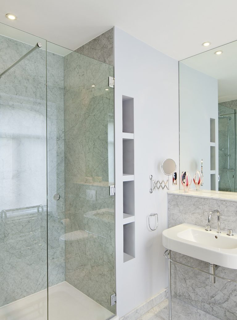 Bespoke Bathroom | Appartment Refurbishment | Bathroom Installation | London Renovation Project | Architect | Building Contractor | Design and Build | Construction | Interior Design | Building | Refurbishment | Cambridge | London | Suffolk | Essex | Saffron Walden | Hertfordshire | The Daniels Group