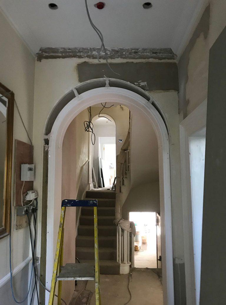 Fibrous Cornice | Fibrous Plastering | Fibrous Arch | Grade 2 Listed | Architect | Building Contractor | Design and Build | Construction | Interior Design | Building | Refurbishment | Cambridge | London | Suffolk | Essex | Saffron Walden | Hertfordshire | The Daniels Group